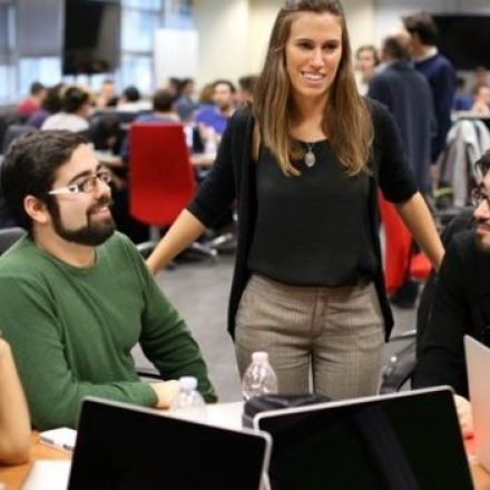 Apple's Italian initiative for hunting top talent