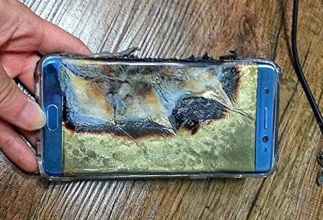 The galaxy s7 edge catches fire