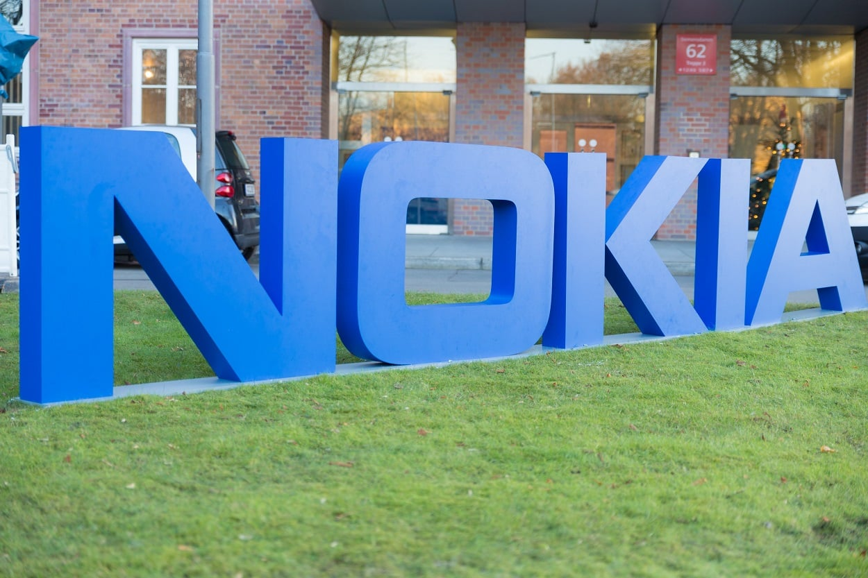 Nokia TA-1184 phone passes FCC